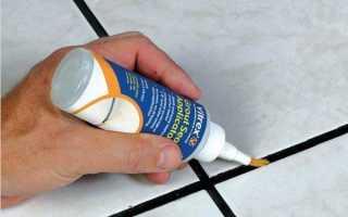 Обновляем кафель в ванной краской для плиточных швов