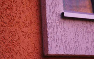 Покраска короеда в два цвета: технология обработки декоративной штукатурки