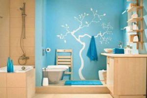 Акриловая краска на стене ванной
