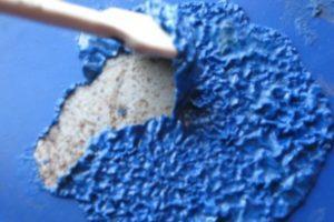 При помощи химии удаление краски с радиатора чугунного