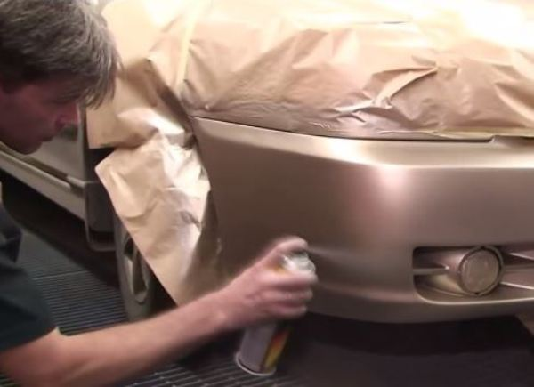 Качественно покрасить бампер из баллончика самому