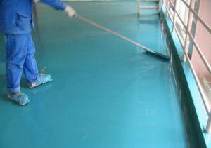 Нанесение краски по бетону
