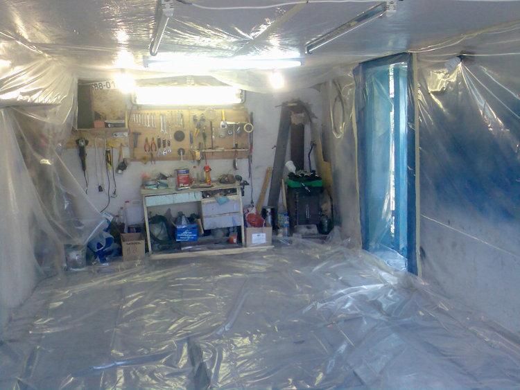 Подготовка гаража к покраске машины