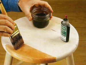 Покраска изделия под дерево методом жидкого смешивания