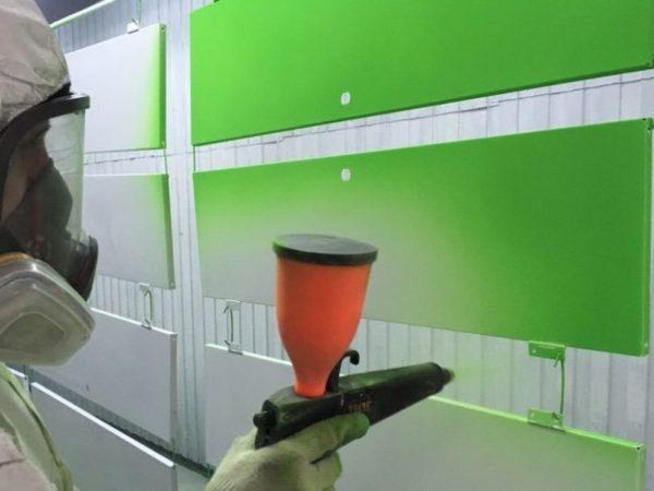 Окрашивание порошковой краской
