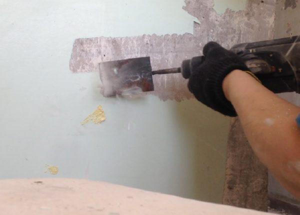 Удаление краски электроинструментом