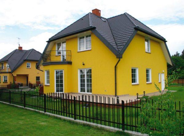 Крашеный фасад