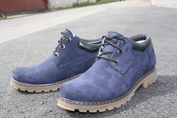 Крашеная обувь из нубука