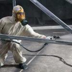 Процесс нанесения цинковой краски распылителем