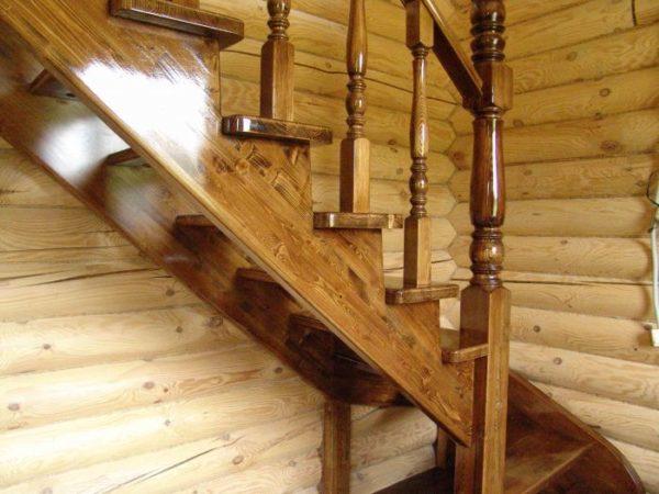 Лак для лестницы из сосны
