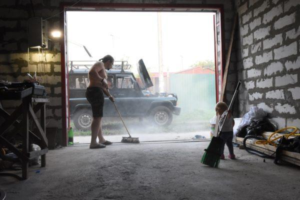 Перед работами необходимо убрать всю пыль
