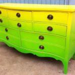 Покраска мебели из ДСП у себя дома: советы новичкам.