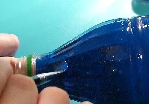 Покраска бутылки снаружи