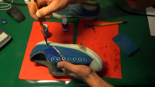Покраска обуви из ткани