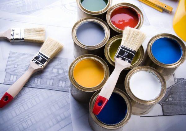 Что выбрать: покраску или обои